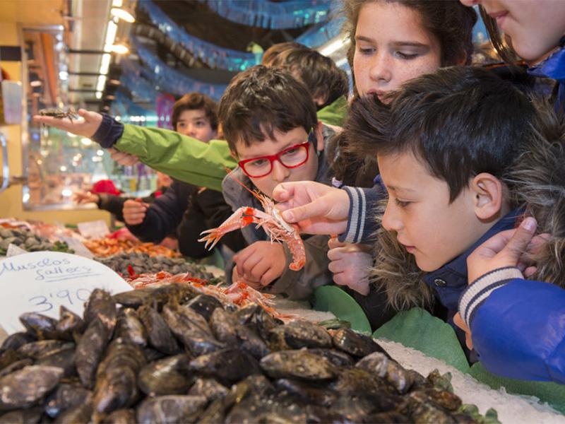 Els programes educatius dels Mercats de Barcelona s'adapten a la nova realitat