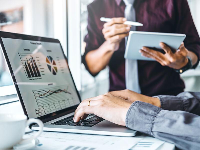 Empresa i Treball posa en marxa el Programa d'Acceleració Tecnològica per a les empreses comercials